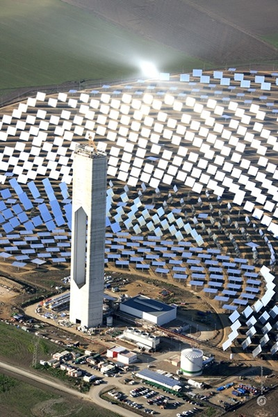 world-largest-solar-tower-power-plant[1]